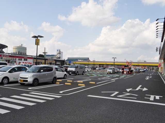 KEL駐車場